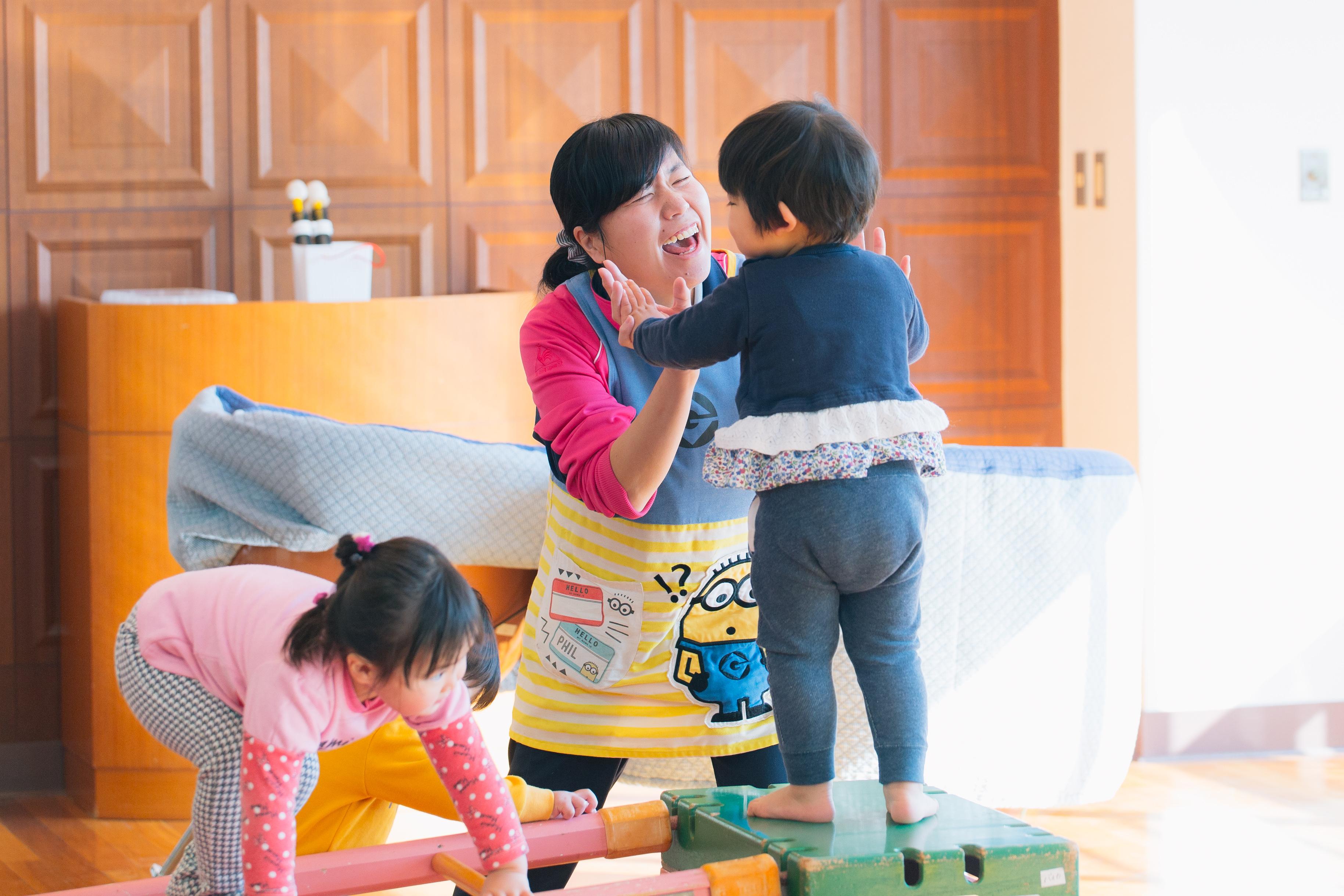 週2日から3日での勤務可能な子育て支援センター保育士パート【コウガの森・梅花】