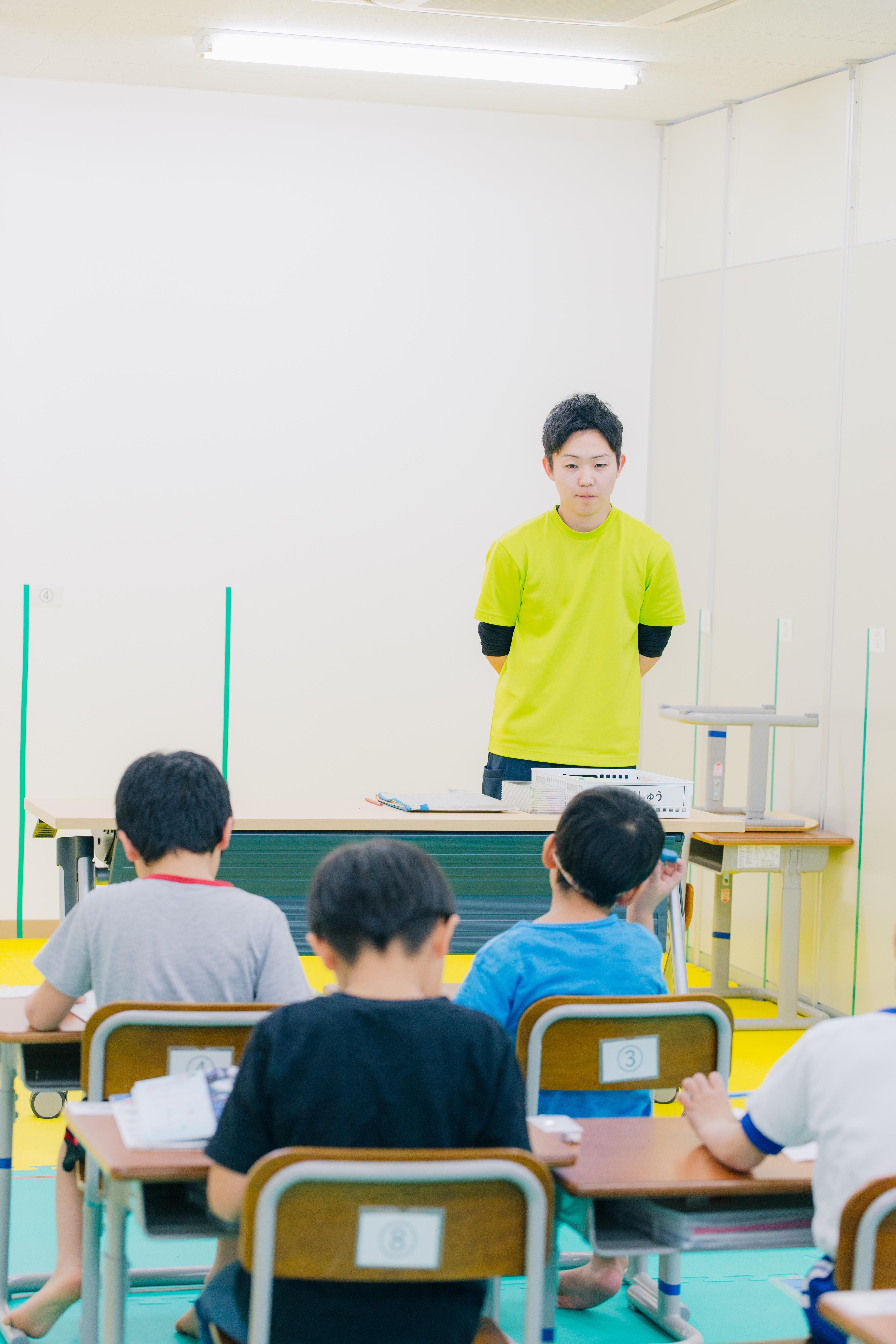 10時30分始業の運動学習支援を行う放課後等デイサービスの保育士パート